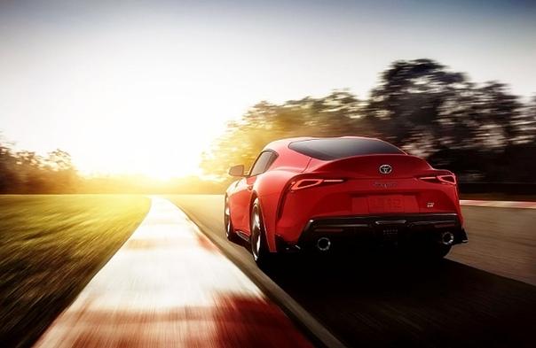 Дебютировала новая «Супра»: быстрейшая серийная Toyota Спорткупе получило «турбошестерку» и «автомат»Компания Toyota представила на моторшоу в Детройте спорткупе Supra нового поколения. Модель,