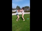(16) Women girls catfight