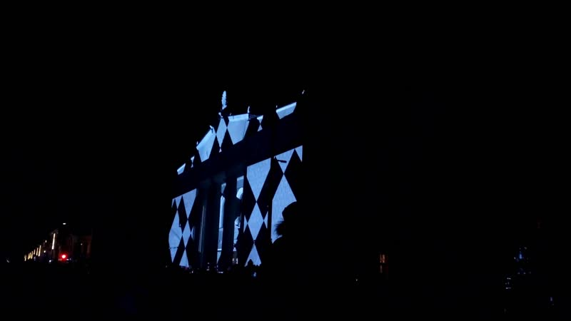 2019.03.08 Россия, г.Красноярск, пр.Мира 19_00 видеопроекция студии Pitch на фасаде Красноярского театра им. А.С. Пушкина 0001