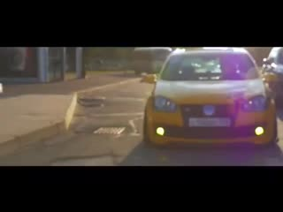 VW Golf mk5 (Stance taxi)
