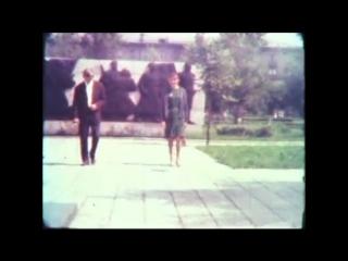 Видеонарезка видов Омска на рубеже 1960-х 1970-х с речными трамвайчиками, уличными регулировщиками и черно-белыми буднями.