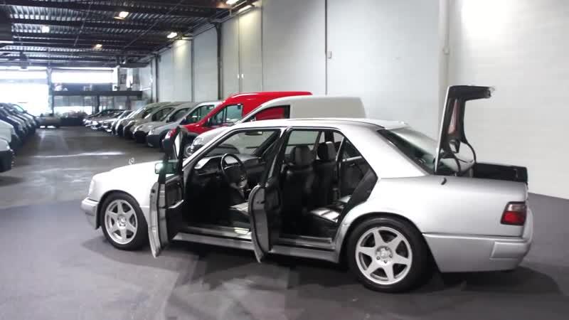 Mercedes E 500 LIMITED Derks Autobedrijf BV