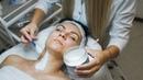 Процедура нанесения альгинатной маски в сочетании с антивозрастной линией Anti Age от CharmCleo Cosmetic