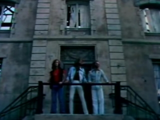 Bee Gees - Stayin Alive (1977) - YouTube