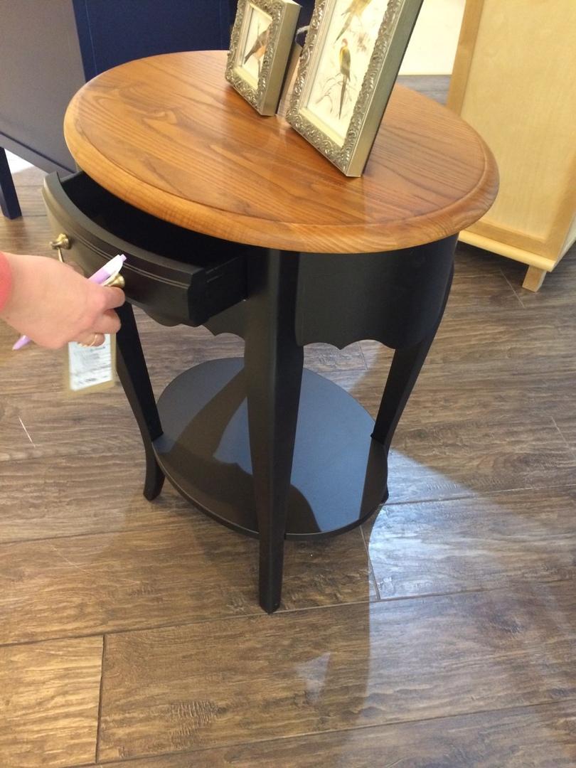 Приставной столик черный Belveder