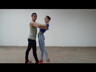 Bachata waves tutorial. Max&Daria