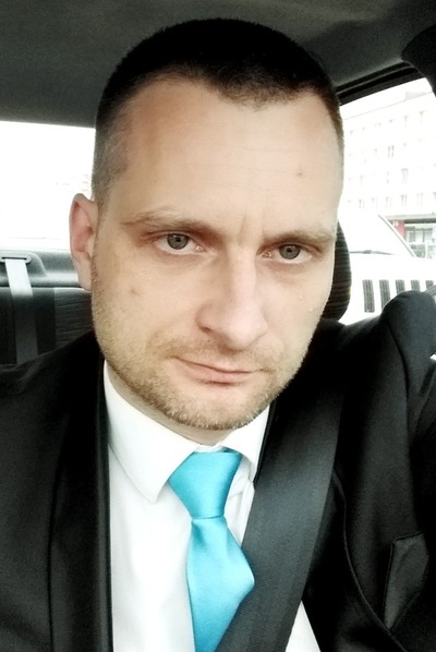 Антон Барсуков