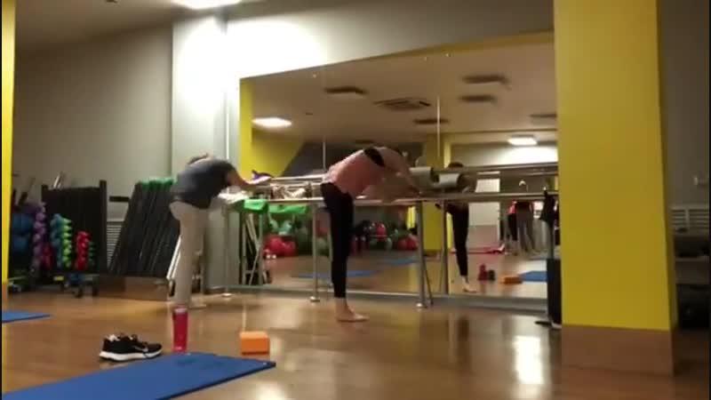 Что может быть лучше утренней растяжки @ chaikovskaya_fitness в атлетика42 👍