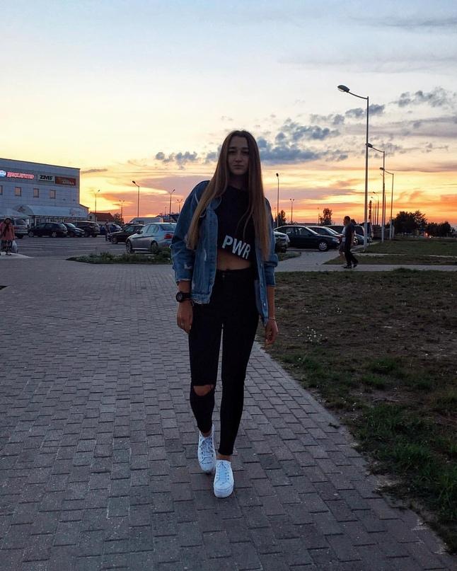 Анна Мелешко |