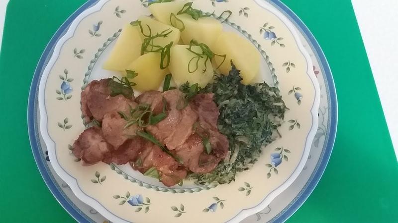 Мягкое нежное мясо в соевом соусе и Соус с крапивой.
