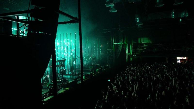 Alt-J - Intro / An Awesome Wave (LIVE Saint Petersburg 2018)