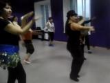 кусочек нового танца. восточные танцы. взрослые начинающие. Школа танцев
