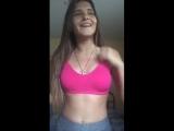 Сексуальная девушка танцует и поёт в прямом эфире (перископ/periscope)