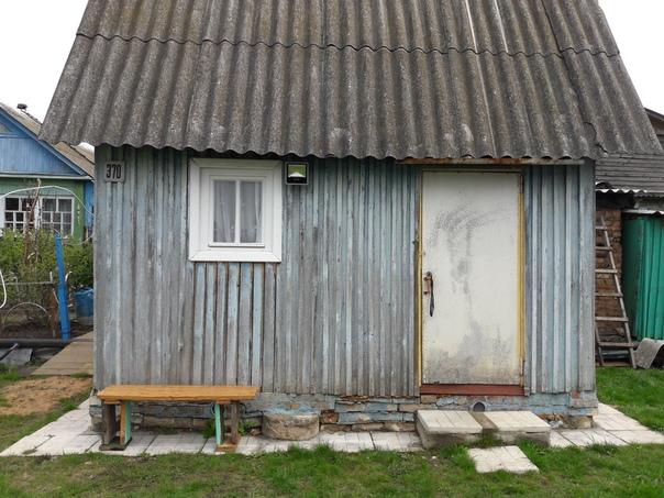 виталий андреев вторая жизнь старого летнего домика. утепление , сайдинг , терраса.