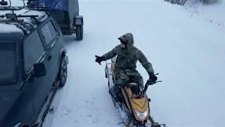 Съмка поля и леса снегоходом и дроном