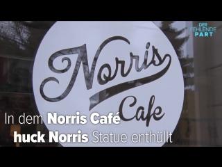 Chuck Norris bekommt zum Geburtstag eine eigene Statue