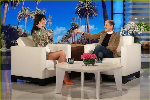 Кендалл Дженнер обсудила личную жизнь и беременность сестры Кайли с Эллен Дедженерес