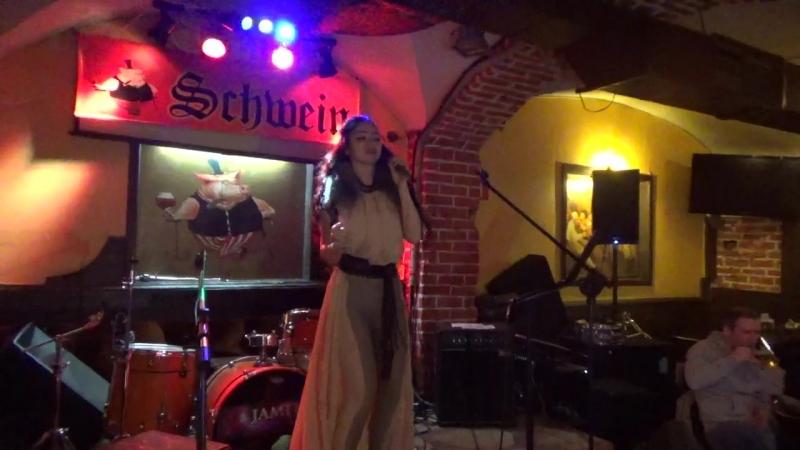 Лина(unlimited arts show в SCHWEIN Клуб-бар ШВАЙН,24.4.18)