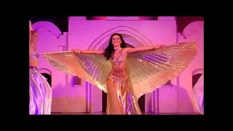 Танец жрицы Амира Абди и её ученицы