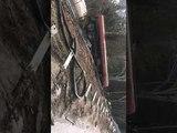 Два человека пострадали в опрокинувшемся бензовозе на Ловецком перевале
