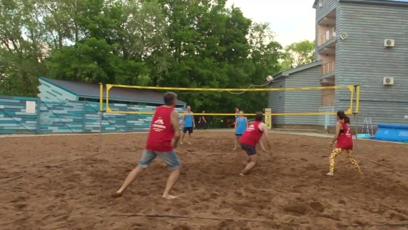 Волейбол по четвергам традиция ПОРАДОМ