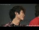 Uber cute fancam 090925 SHINee Jonghyun Peeking from behind Stage?