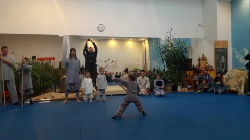 Выступление на Китайский Новый Год 2018 (4716). Ученик Ветчинина Евгения @vetchinin_evgenii Новиков Андрей 7 лет