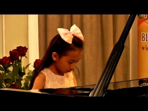 Harmony Zhu plays Chopin's Nocturne in D-flat Major, Op.27
