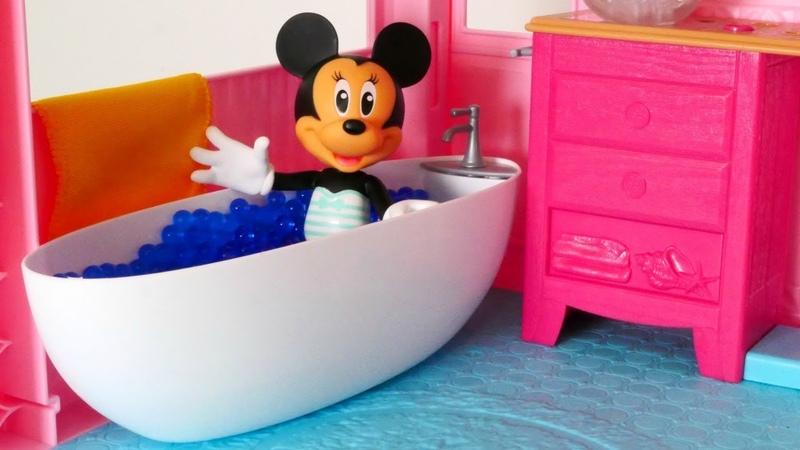 Los cuentos de Minnie Mouse. En el hotel. El almuerzo para Minnie.