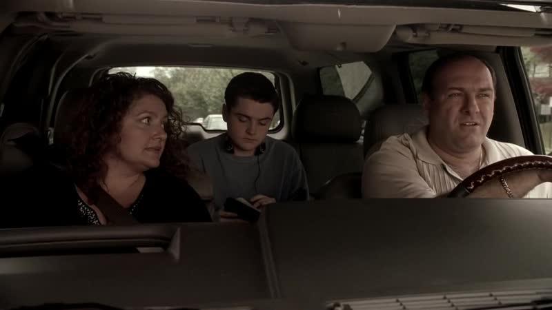 S05E03 09 Дженис и Тони едут в Везувий за едой к семейному ужину Тони и Арти мирятся