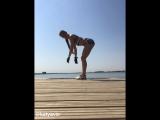Катя Викс тренируется на палубе роскошной яхты 😜😎