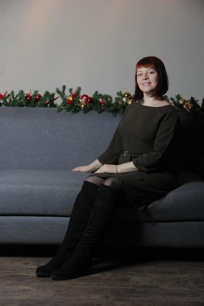 Юлия Попова