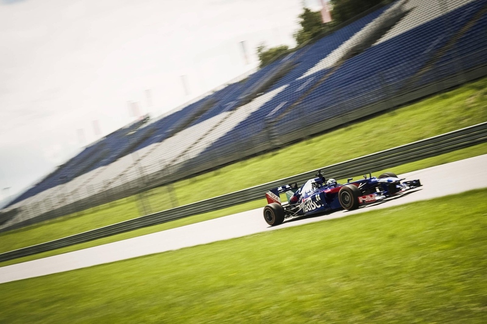 Марк Маркес и Дани Педроса протестировали болид RB8 F1 2012