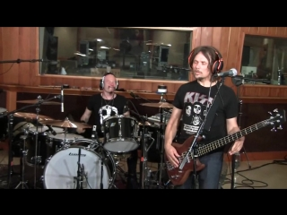 (Phil X) The Drills - No Woman of Mine