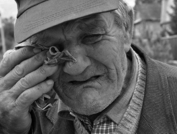 Депутат-единороc назвал пенсионеров получающих пенсию в 8 тысяч алкашами и тунеядцами Во время заседания Волгоградской областной Думы, посвященного поддержке федерального законопроекта об