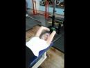 упражнение на укрепление мышц груди №2 завод гантели за голову