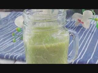 Смузи с зеленым салатом