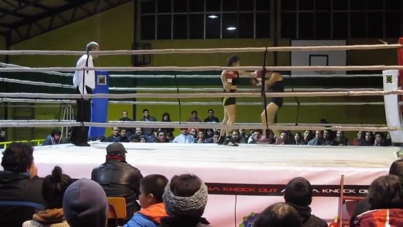 Elena Cotto boxing