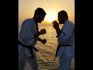 Добрых снов бойцы. Подготовка бойца Кёкусинкай карате. https://vk.com/oyama_mas