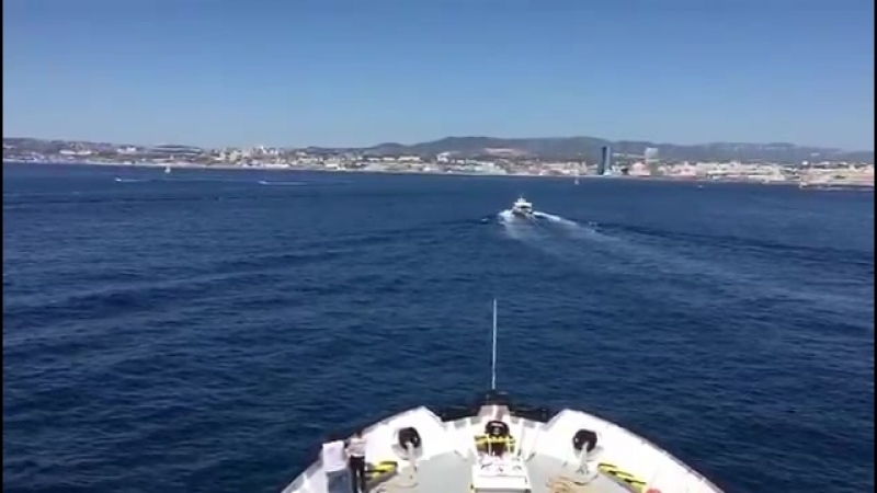 La vermine Aquarius débarque à Marseille pour régler des problèmes administratifs A envoyer par le fond