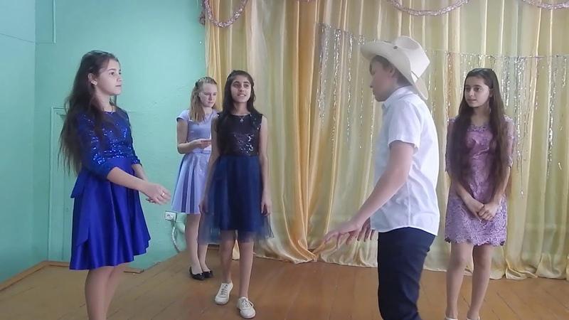 Спектакль Приключения Незнайки и его друзей. Оператор Мария Махинина