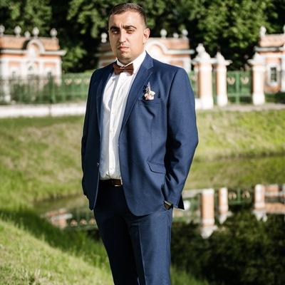 Макс Гоненко