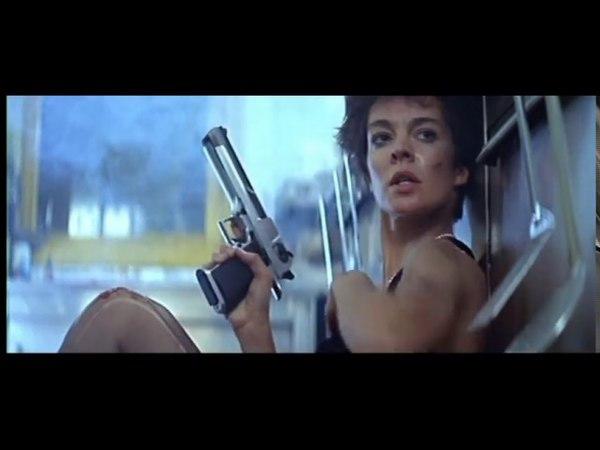 La Femme Nikita - 1990 - Firing / Fusillade Scene