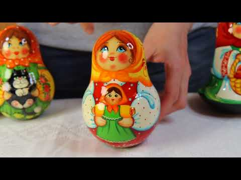Матрёшка неваляшка Девочка с куклой