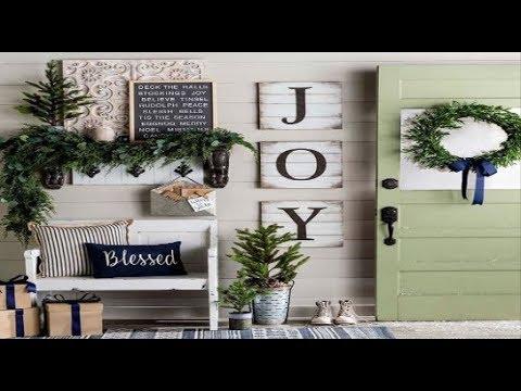 Favorite farmhouse christmas entryway ideas