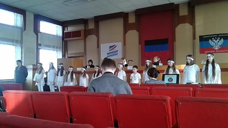 Выходим на политический уровень Смайлики поют в Донецком Куйбышевском исполкоме