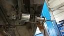 Демонтаж переднего сайлентблока продольного рычага Volvo XC70