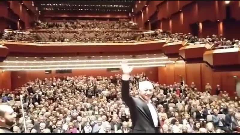 Владимир Спиваков и Национальный филармонический оркестр России - овации