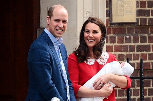 """Принц Уильям и Кейт Миддлтон выбрали для сына """"сильное имя"""""""