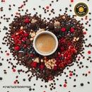 Кофе и шоколад идеально дополняют друг друга, как любящие женщина и мужчина.